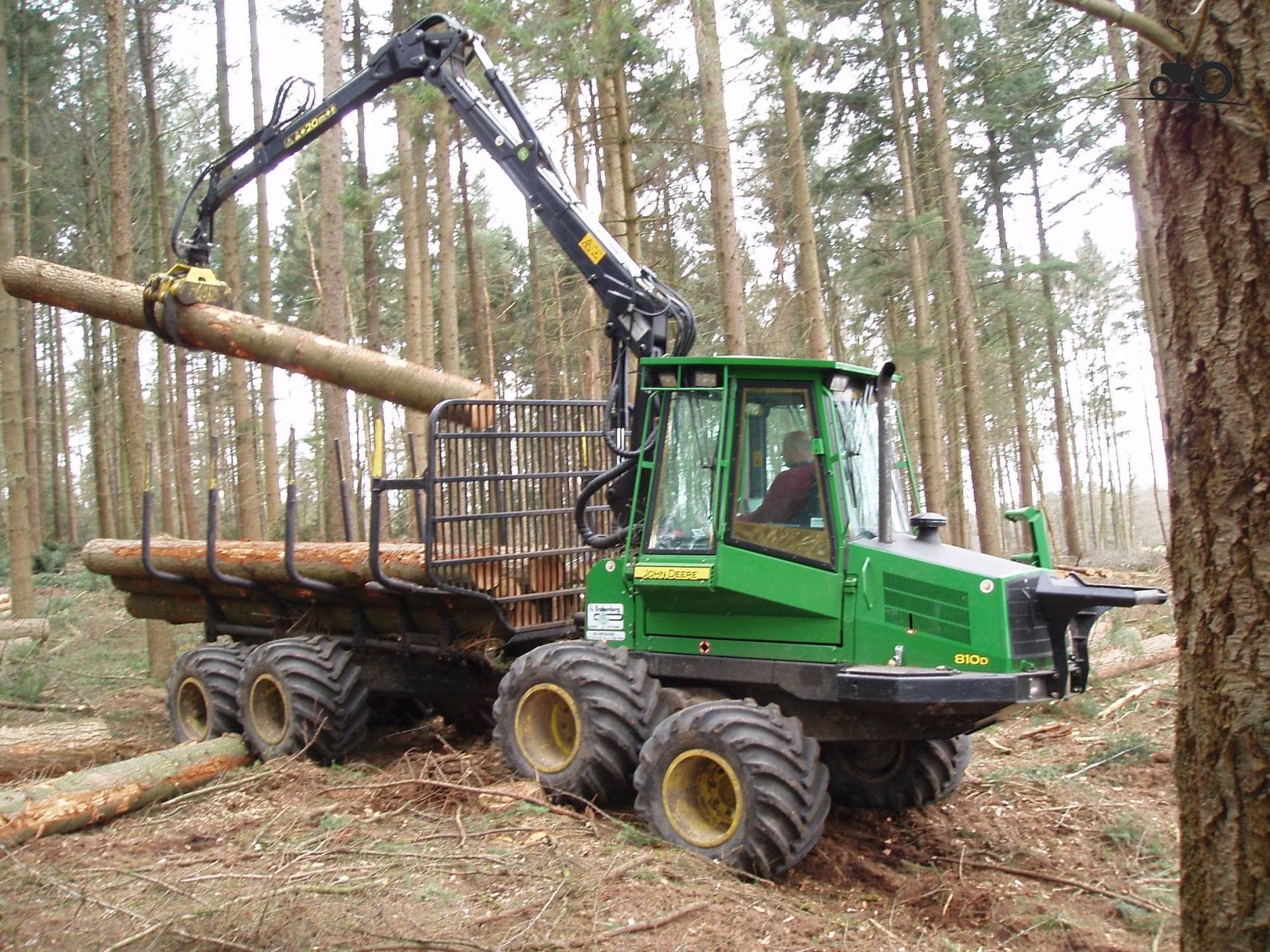 235976-forwarder-timberjack.jpg