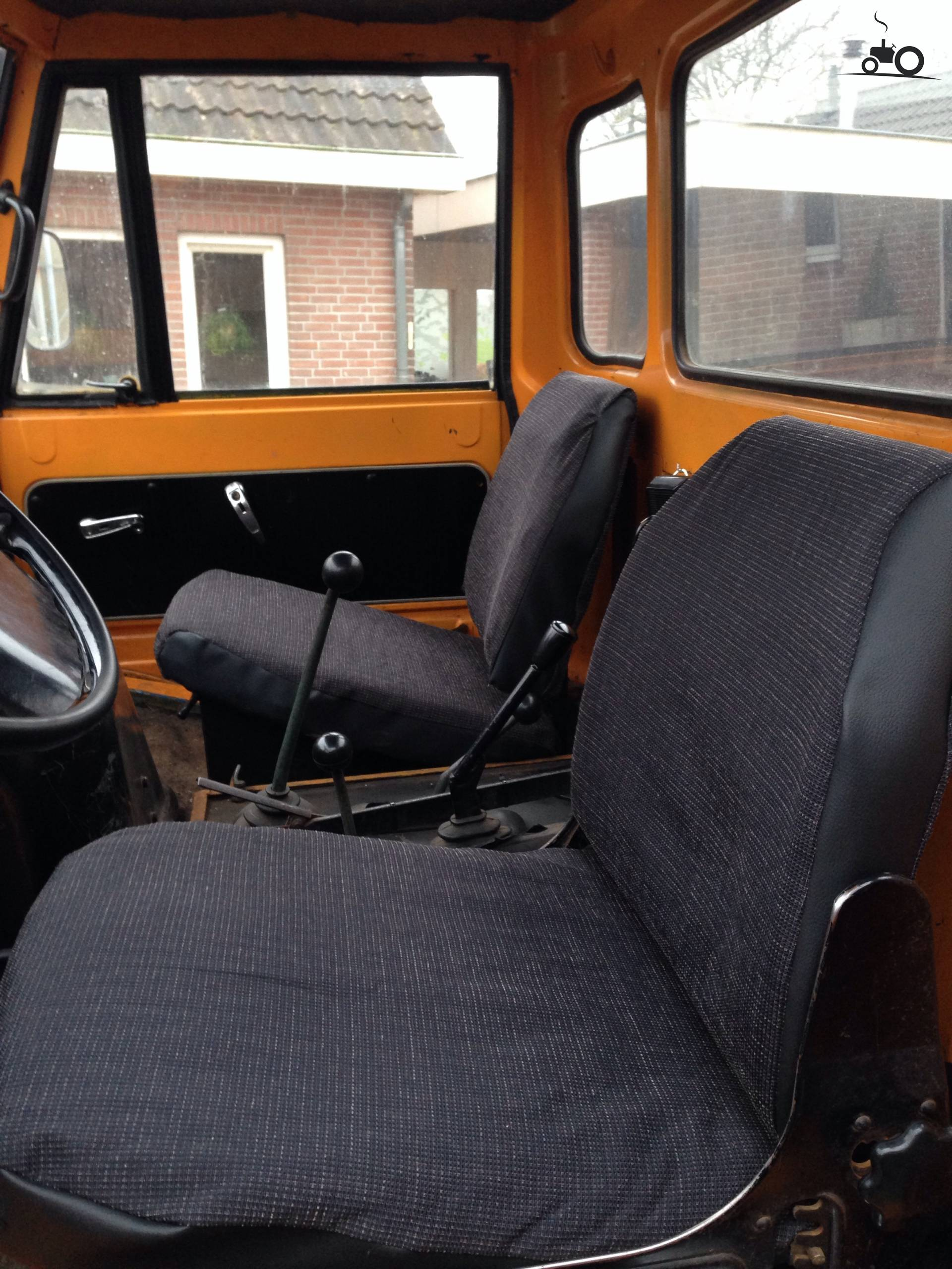 Unimog interieur foto 39 s for Interieur foto s