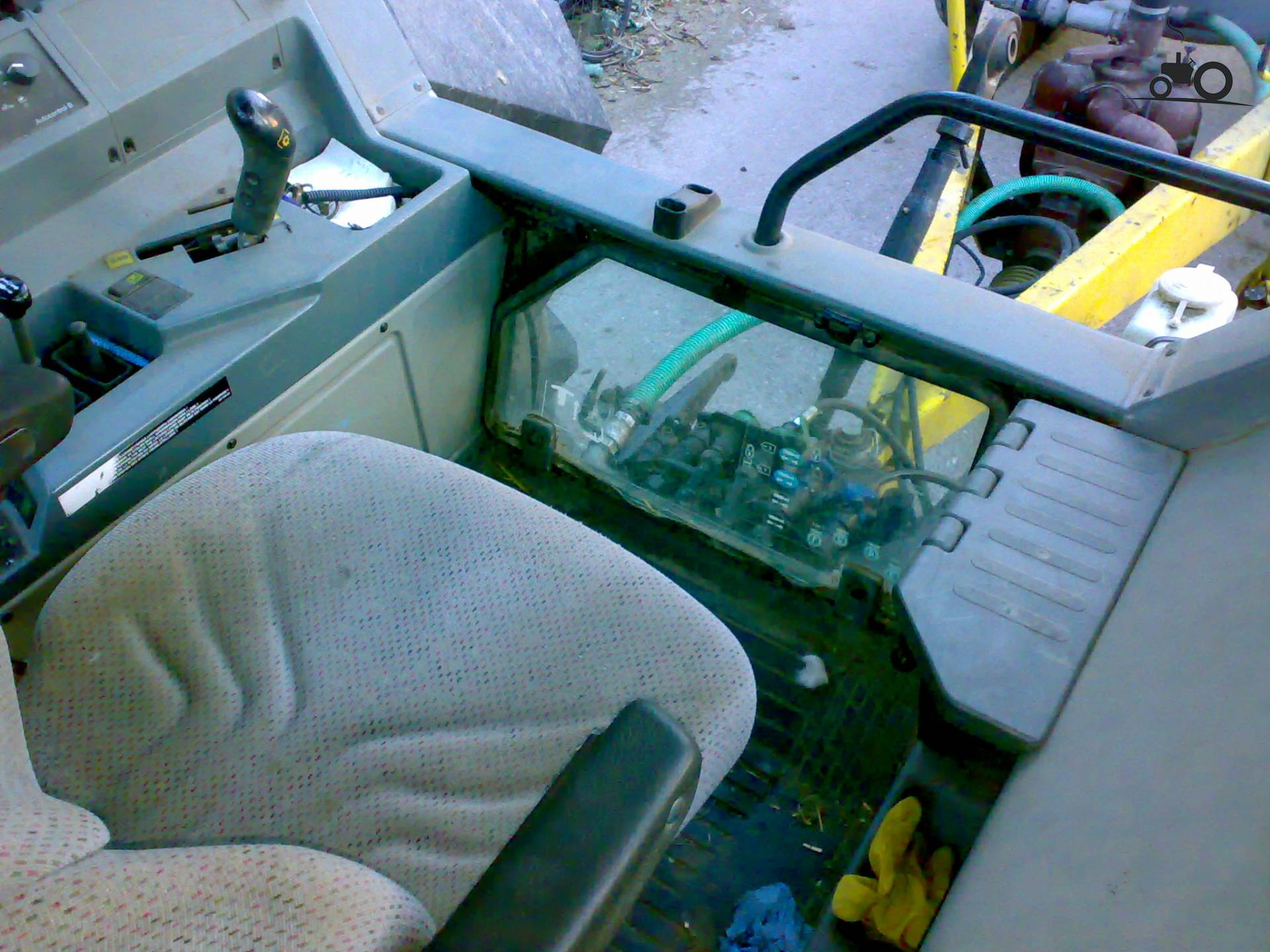 Valtra interieur foto 39 s pagina 5 for Interieur foto s