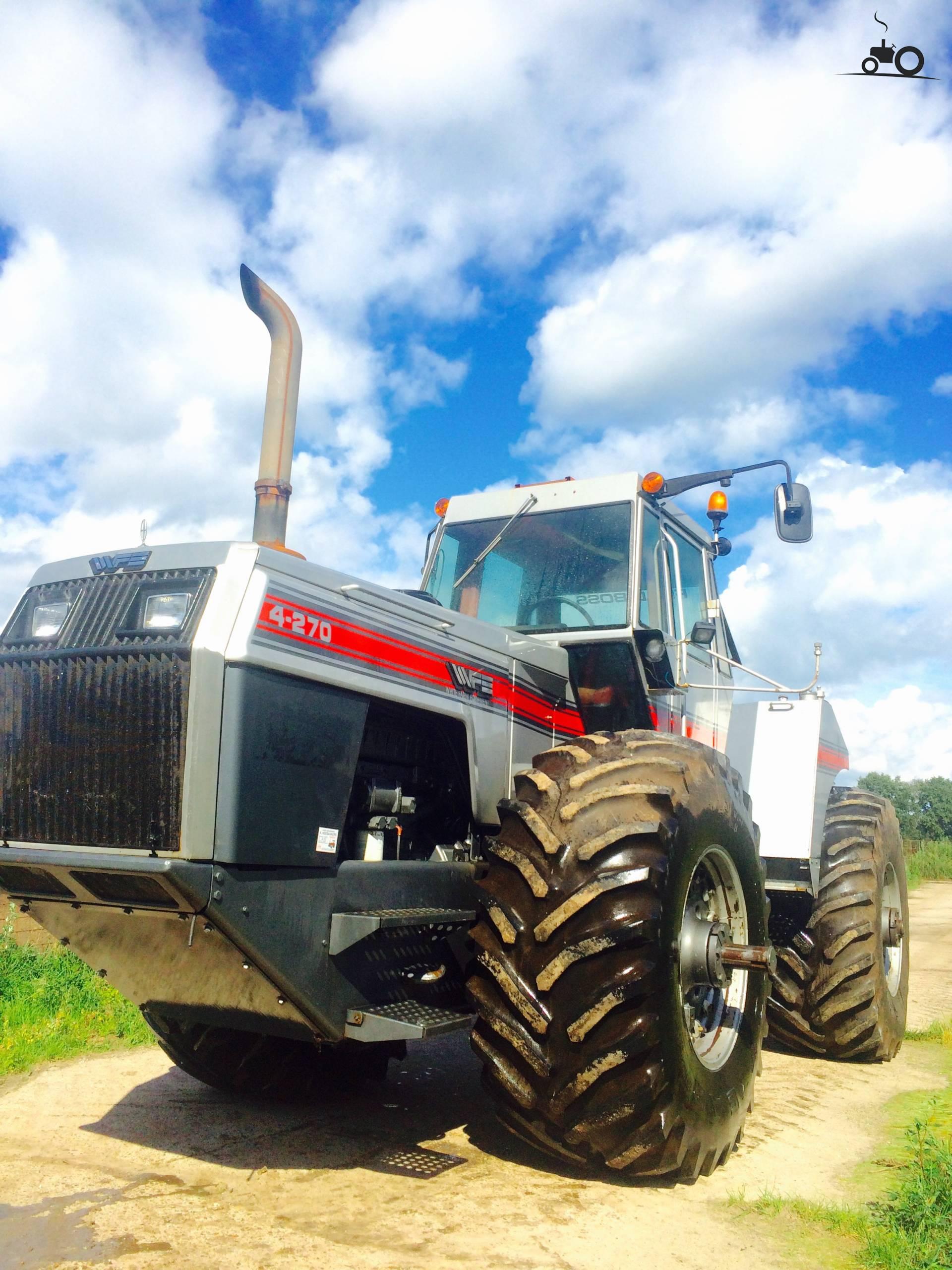 White 4 270 Tractor : Picture white