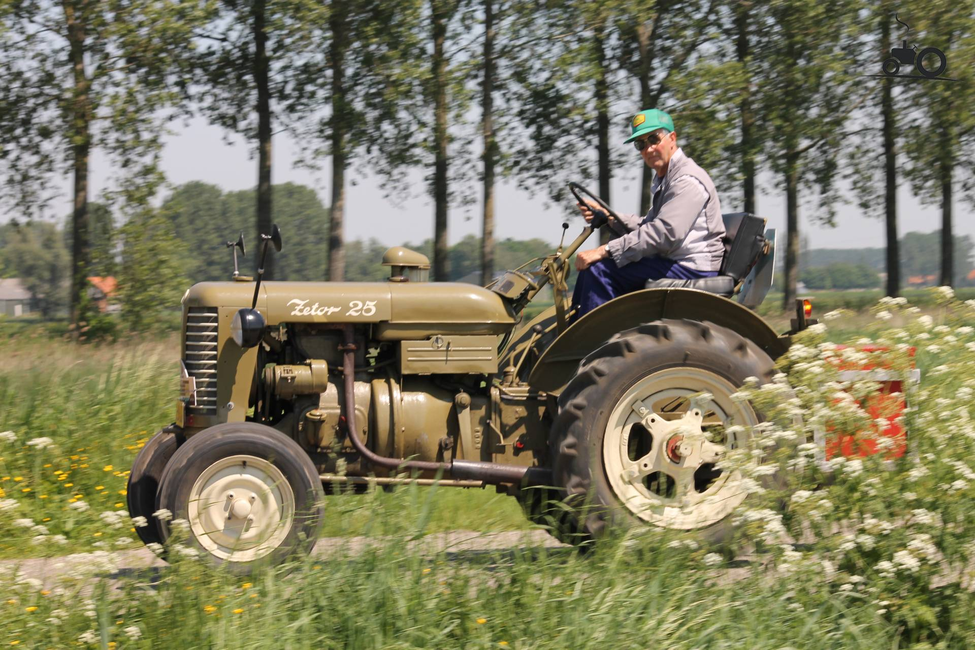 Железная Дорога в Миниатюре №64 - Трактор