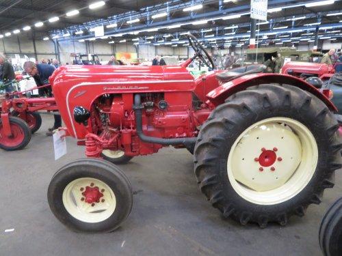 Foto van een Allgaier Onbekend. Geplaatst door Renaultgek op 28-11-2019 om 01:08:11, op TractorFan.nl - de nummer 1 tractor foto website.