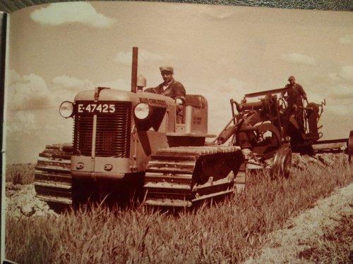 Allis-Chalmers HD7 van Tractor TV