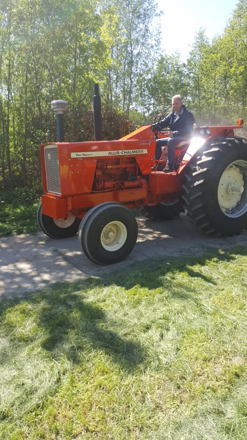 Allis-Chalmers Two Twenty van a3vandiejen