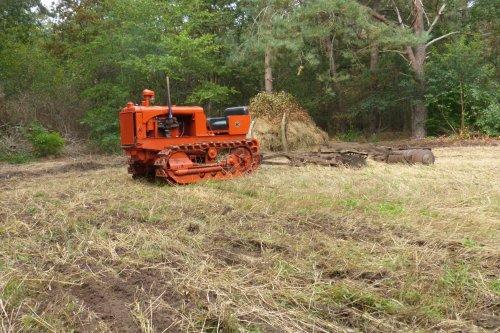 Foto van een Allis-Chalmers M. Geplaatst door allis man op 10-10-2020 om 22:09:47, op TractorFan.nl - de nummer 1 tractor foto website.