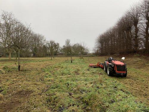 Hier zie je Wolters Cultuurtechniek (Zwolle) × met een Antonio Cararro SRX.. Geplaatst door Pascal op 05-01-2020 om 15:02:57, op TractorFan.nl - de nummer 1 tractor foto website.