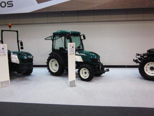 Foto van een Arbos 6200. Geplaatst door jordi 1455 op 18-01-2018 om 22:28:43, op TractorFan.nl - de nummer 1 tractor foto website.
