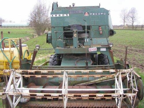 Foto van een Arbos Combine, bezig met poseren.. Geplaatst door devanacker op 11-03-2012 om 19:56:43, op TractorFan.nl - de nummer 1 tractor foto website.