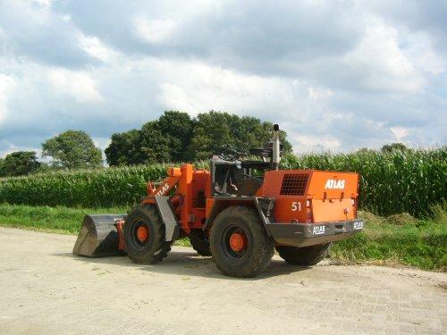 tis eigenlijk een 51 be. Geplaatst door EmielTolkamp op 19-07-2008 om 17:29:31, op TractorFan.nl - de nummer 1 tractor foto website.