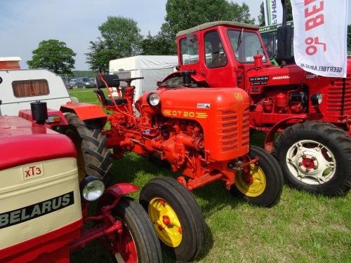 Foto van een Belarus DT 20 Oldtimershow OTMV Gelderland. 12 mei 2018. Toldijk.. Geplaatst door dickt op 16-05-2018 om 16:01:56, op TractorFan.nl - de nummer 1 tractor foto website.