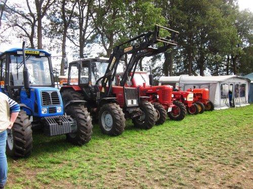 Foto van een Belarus Meerdere. Geplaatst door jordi 1455 op 09-11-2018 om 18:35:56, op TractorFan.nl - de nummer 1 tractor foto website.