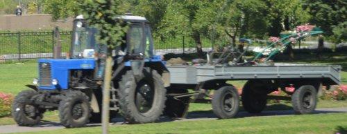 Foto van een Belarus 80. Geplaatst door buttonfreak op 31-08-2019 om 23:33:47, op TractorFan.nl - de nummer 1 tractor foto website.