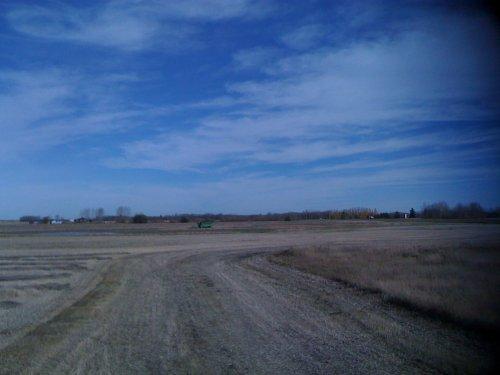 Foto van een BLOOPERS Vast, bezig met maaidorsen.. Geplaatst door greenboy op 05-01-2011 om 19:46:53, met 5 reacties.
