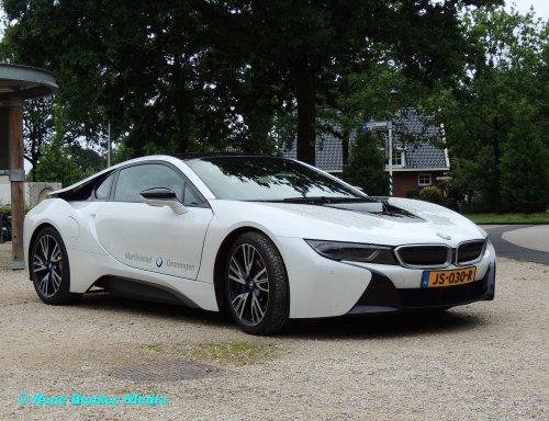Foto van een BMW onbekend/overig, opgebouwd voor personenvervoer.. Geplaatst door René op 07-07-2017 om 17:29:27, op TractorFan.nl - de nummer 1 tractor foto website.