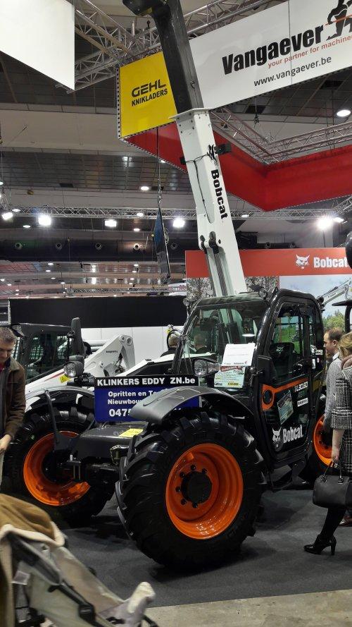 Foto van een Bobcat TL30.60, mooie machine!. Geplaatst door ken-adams op 10-12-2017 om 21:02:14, op TractorFan.nl - de nummer 1 tractor foto website.
