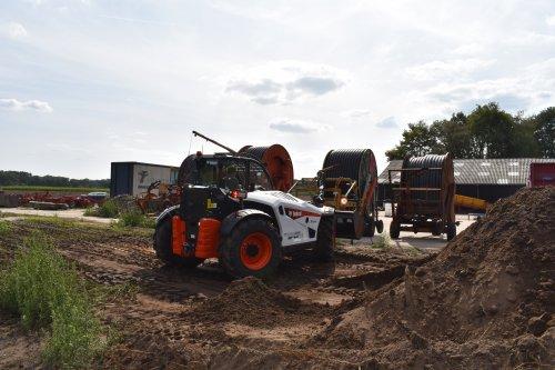 Foto van een Bobcat Verreiker. Geplaatst door jordi 1455 op 05-11-2019 om 20:04:48, op TractorFan.nl - de nummer 1 tractor foto website.