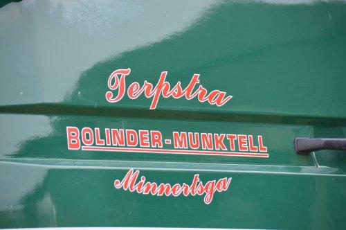 Foto van een Bolinder Munktell Logo. Geplaatst door SJB533 op 04-08-2014 om 21:51:29, op TractorFan.nl - de nummer 1 tractor foto website.