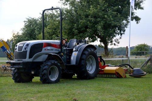 Foto van een Carraro Agricube 70. Geplaatst door SJB533 op 01-07-2018 om 20:17:10, op TractorFan.nl - de nummer 1 tractor foto website.