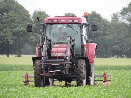 Foto van een Case IH CX 80. Geplaatst door jans-eising op 18-06-2017 om 17:37:52, op TractorFan.nl - de nummer 1 tractor foto website.