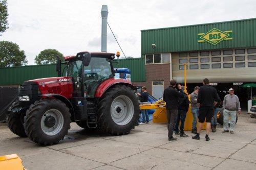 55 jarige bestaan van Bos uit Bolsward.  Meer foto's op: http://www.trekkerfotografie.nl. Geplaatst door jd6100 op 05-07-2017 om 11:06:19, op TractorFan.nl - de nummer 1 tractor foto website.