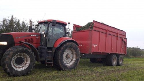Case IH Puma 210 gras hakselen in Denemarken. Geplaatst door BradBoschker op 14-12-2017 om 14:49:07, op TractorFan.nl - de nummer 1 tractor foto website.