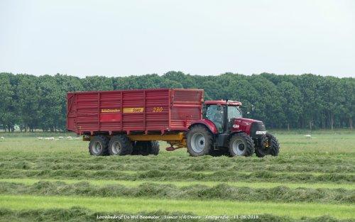 Case IH Puma 145 CVX van Loonbedrijf de Wit Beemster. Geplaatst door Simco vd Deure op 13-06-2018 om 11:27:22, op TractorFan.nl - de nummer 1 tractor foto website.
