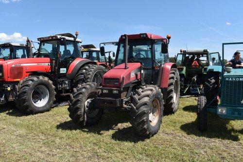 Foto van een Case IH CS 86. Geplaatst door jordi 1455 op 11-07-2019 om 21:53:48, op TractorFan.nl - de nummer 1 tractor foto website.