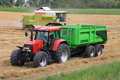 Foto van een Case IH CVX 140. Geplaatst door alfredo op 24-07-2020 om 14:31:55, op TractorFan.nl - de nummer 1 tractor foto website.