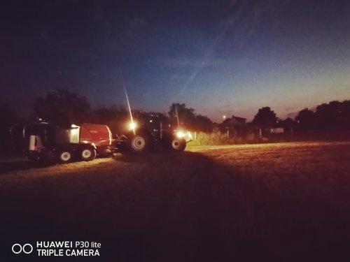 Op deze foto is J&T Grondwerken  (vorselaar) × actief met een Case IH CVX 195.. Geplaatst door casexl956 op 15-09-2020 om 23:29:29, op TractorFan.nl - de nummer 1 tractor foto website.