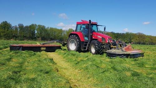 De CS moest goed aan werken van de week met een dik pak gras en 7 meter aan maaier. Geplaatst door timvanr op 16-05-2021 om 18:08:42, met 8 reacties.