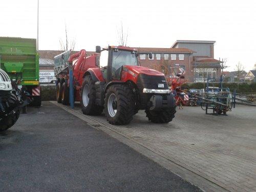 Foto van een Case IH Magnum 290, bij engbers sohne in uelsen.. Geplaatst door jd4050 op 26-12-2014 om 17:33:15, op TractorFan.nl - de nummer 1 tractor foto website.