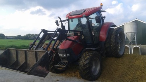 Case IH Maxxum MXU 110 van inter 745xl