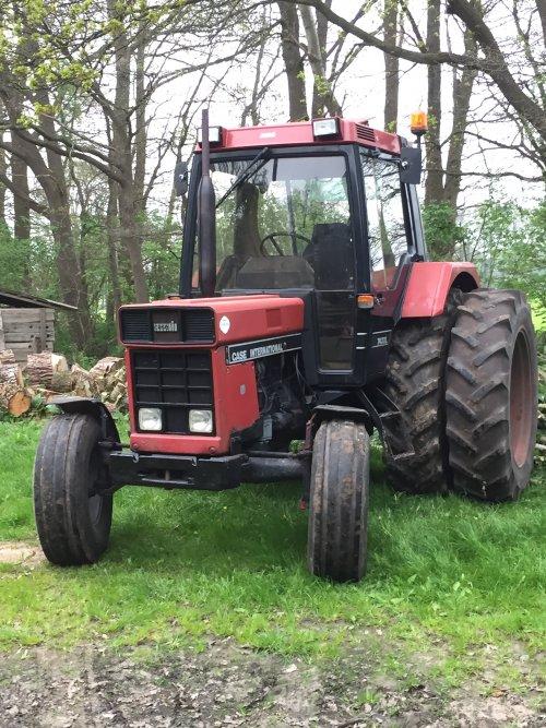 Foto van een Case International 743 XL. Geplaatst door interpower743xl op 05-05-2017 om 18:38:57, op TractorFan.nl - de nummer 1 tractor foto website.