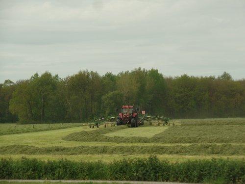 Foto van een Case International Maxxum 5150. Geplaatst door robbert7130 op 19-05-2017 om 21:39:02, op TractorFan.nl - de nummer 1 tractor foto website.