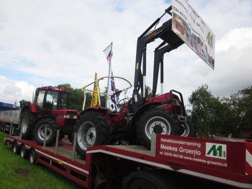 Foto van een Case International 733. Geplaatst door jordi 1455 op 26-12-2017 om 22:49:11, op TractorFan.nl - de nummer 1 tractor foto website.