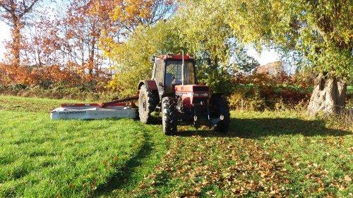 Foto van een Case International 956 XL. Geplaatst door jordi 1455 op 11-02-2019 om 22:47:09, op TractorFan.nl - de nummer 1 tractor foto website.