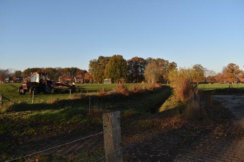 Foto van een Case International 845 XL. Geplaatst door jordi 1455 op 11-02-2019 om 22:49:02, op TractorFan.nl - de nummer 1 tractor foto website.