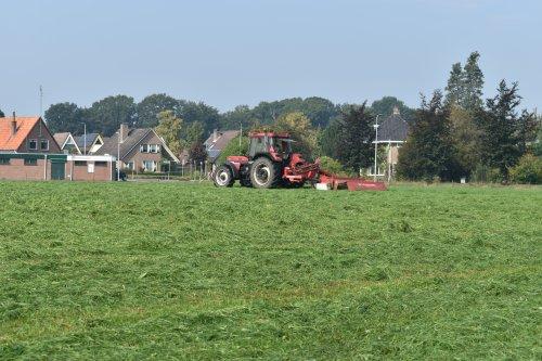 Foto van een Case International 956 XL. Geplaatst door jordi 1455 op 15-10-2020 om 22:26:02, op TractorFan.nl - de nummer 1 tractor foto website.