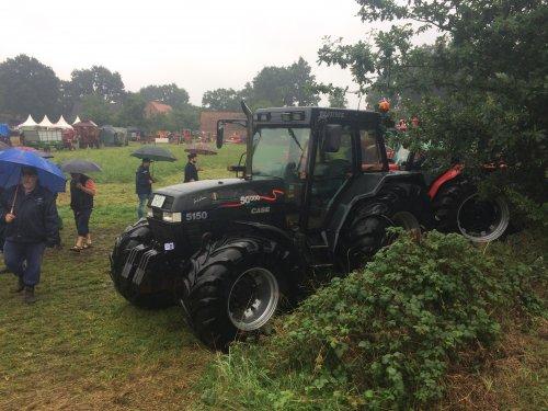 Foto van een Case International Maxxum 5150 Plus. Geplaatst door jellehoekstra op 12-08-2017 om 22:10:18, op TractorFan.nl - de nummer 1 tractor foto website.
