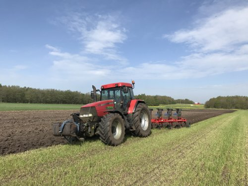 Case IH Maxxum MX 170 van Angelo368