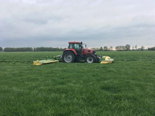 Maaicombinatie in bedrijf stellen. Geplaatst door Loonwerker_Erwin op 05-05-2019 om 12:07:32, op TractorFan.nl - de nummer 1 tractor foto website.