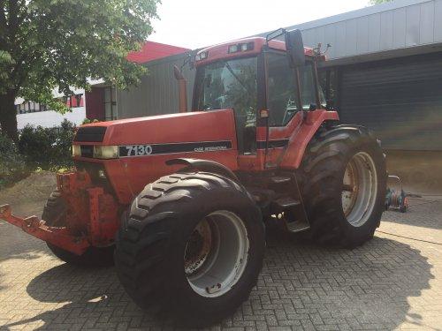 Foto van een case 7130 die ik ongeveer een jaar geleden is weg gegaan maar wat een tractor, als ik hem zo zie toch wel jammer dat die er niet meer is