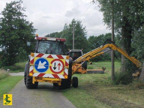 De Samenwerking BV met een Case MXU 135.  http://www.desamenwerkingbv.nl. Geplaatst door betten op 28-02-2009 om 22:12:07, op TractorFan.nl - de nummer 1 tractor foto website.