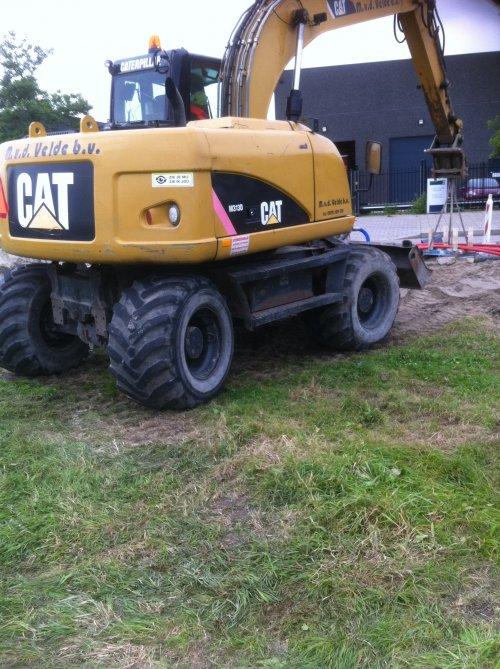 Cat M312 van Albert Peters