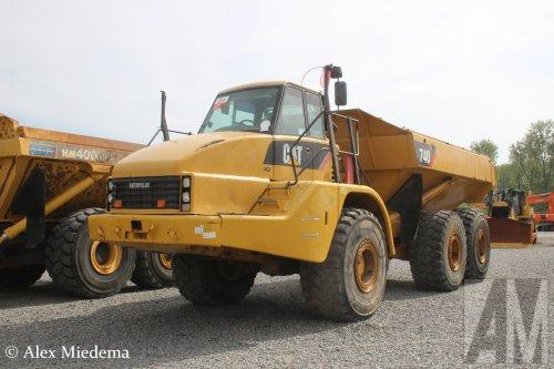 Foto van een Caterpillar 740, opgebouwd als dumper / kipper.. Geplaatst door Alex Miedema op 24-04-2019 om 22:56:07, op TractorFan.nl - de nummer 1 tractor foto website.
