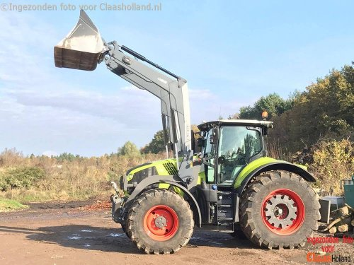 Claas Axion 810 van Claas Holland