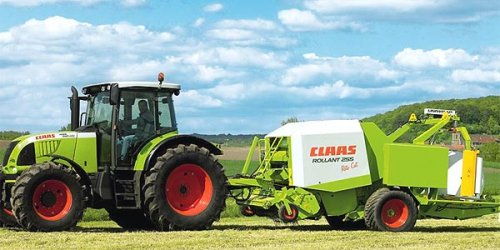 Claas Rollant 255 van Renault-Claas-Boer
