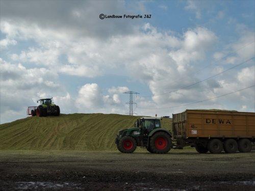 Foto van een Claas Axion 920. Geplaatst door Jurgen D. op 31-01-2018 om 16:11:45, op TractorFan.nl - de nummer 1 tractor foto website.