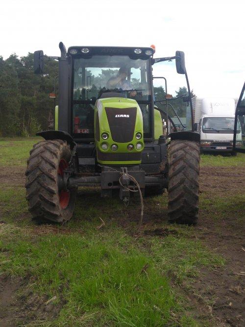 Foto van een Claas Ares 617. Geplaatst door case en international 1455xl op 22-04-2018 om 17:53:43, op TractorFan.nl - de nummer 1 tractor foto website.