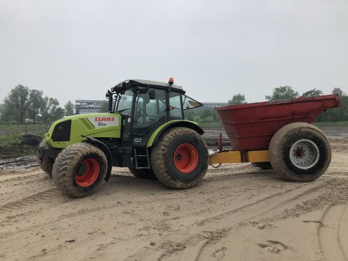 Picture Claas Axos 310 CX